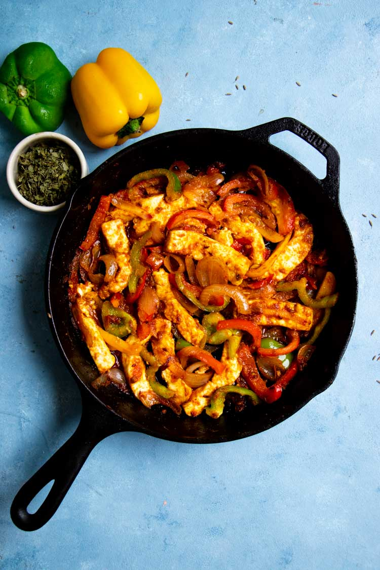 paneer stir fry quick and easy, paneer starter jalfrezi in a spoon