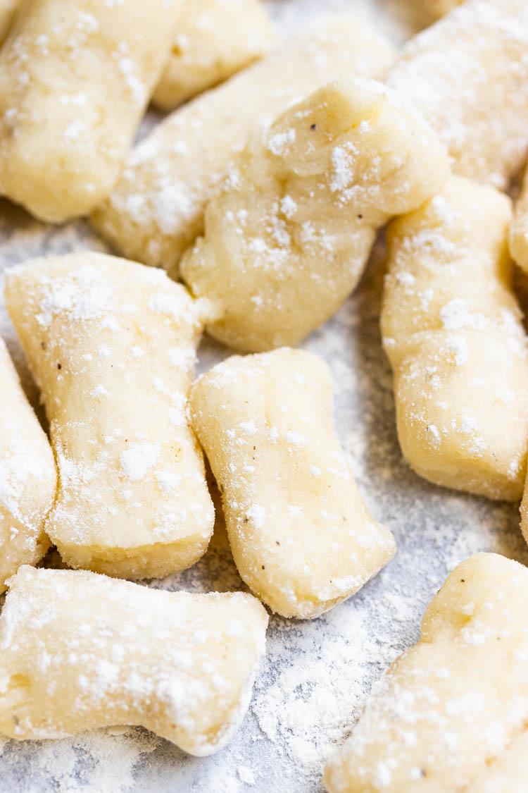 recipe for homemade gnocchi, potato gnocchi